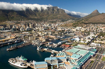 Why choose car hire from Cape Town International Airport?