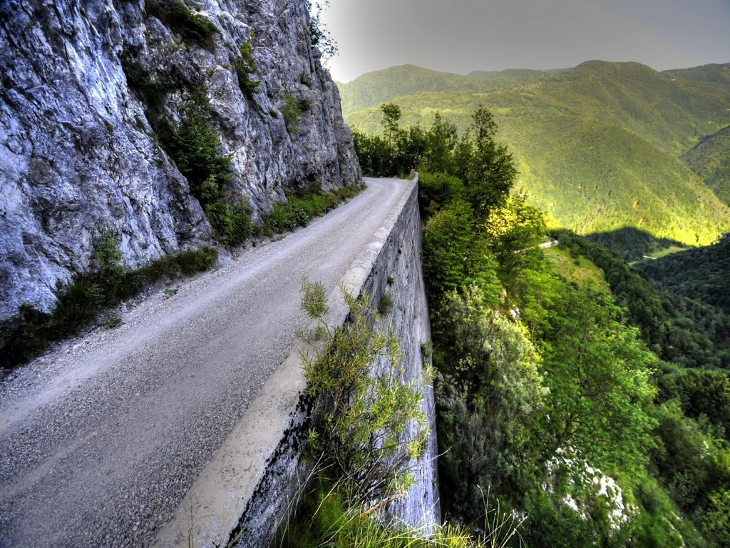 Top 10 Dangerous Roads in South Africa